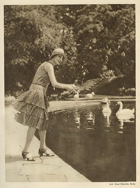 1920_pavlova_1.jpg